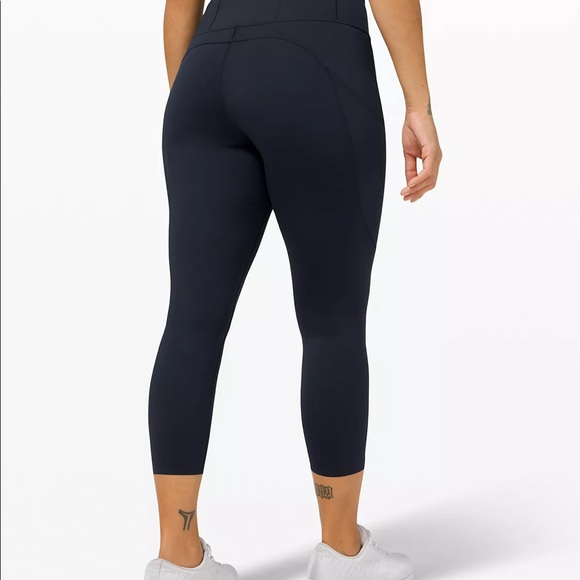 Fast and free navy leggings